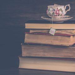 cropped-books.jpeg