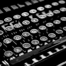 typewriter-2653187_960_720